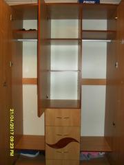 продам 3-х створчатый шкаф почти новый